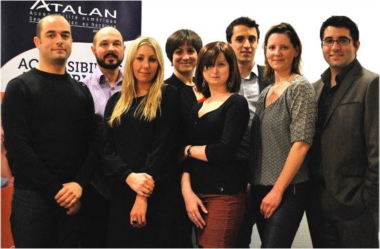 Photo de groupe Atalan (description ci-après).